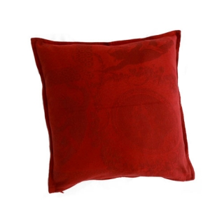 Garnets cushions decorated baroque