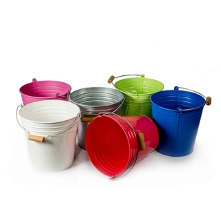 Metal buckets with handle